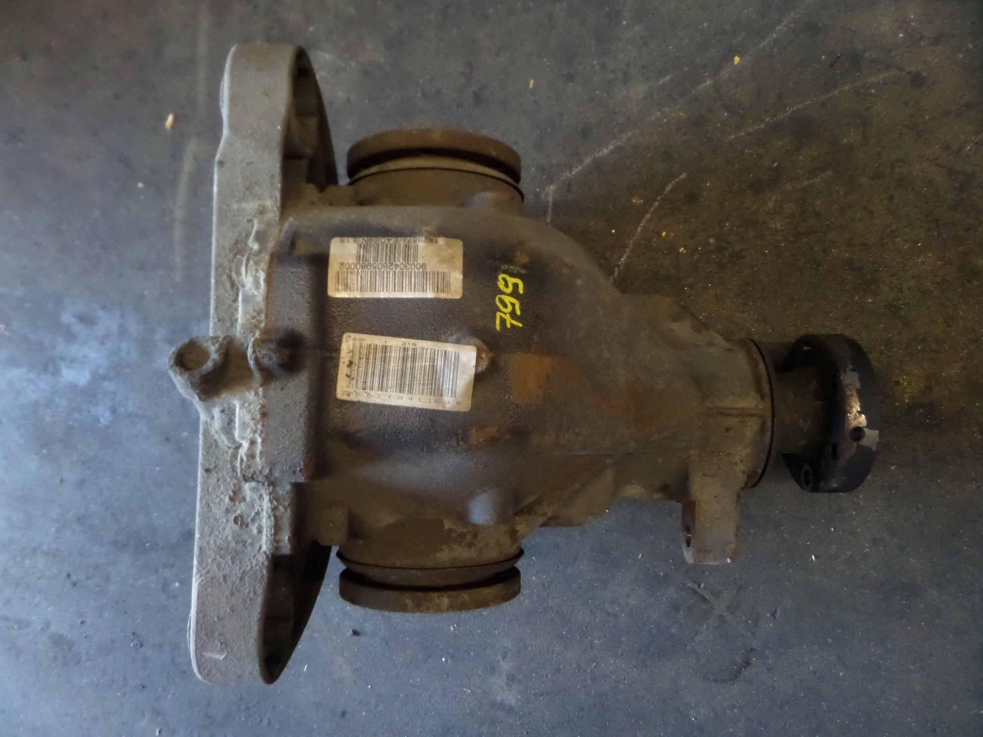 Bmw E39 540i M Sport Sedan Rear 3 15 Differential Diff A T 00 03 Oem Ebay