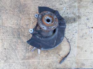 BMW M5 Left Front Knuckle Assembly E60 2 282 879 L