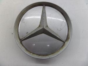 Mercedes 190E Wheel Center Cap 2014010125 W124 W126 R129 W210 R107 W140 W202W208