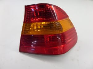 02-05 BMW E46 Sedan Right Quarter Brake Tail Light 328 323 328 330 OEM