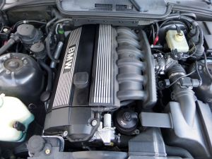 BMW 323is Engine Motor E36 OEM M52 B23 Low Compression